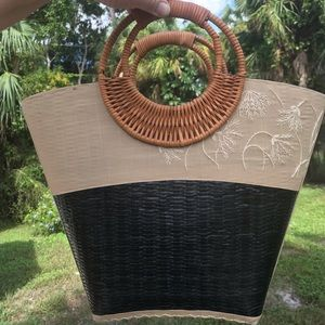 Fabric & painted woven bag wicker handles